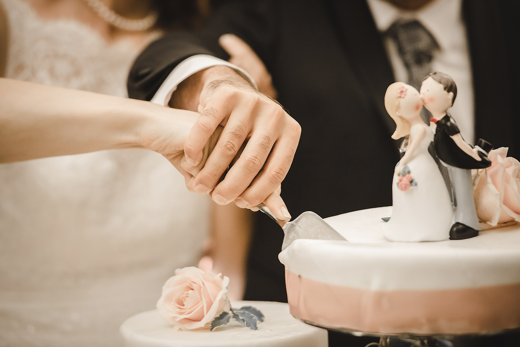 Taglio torta matrimonio Mugello