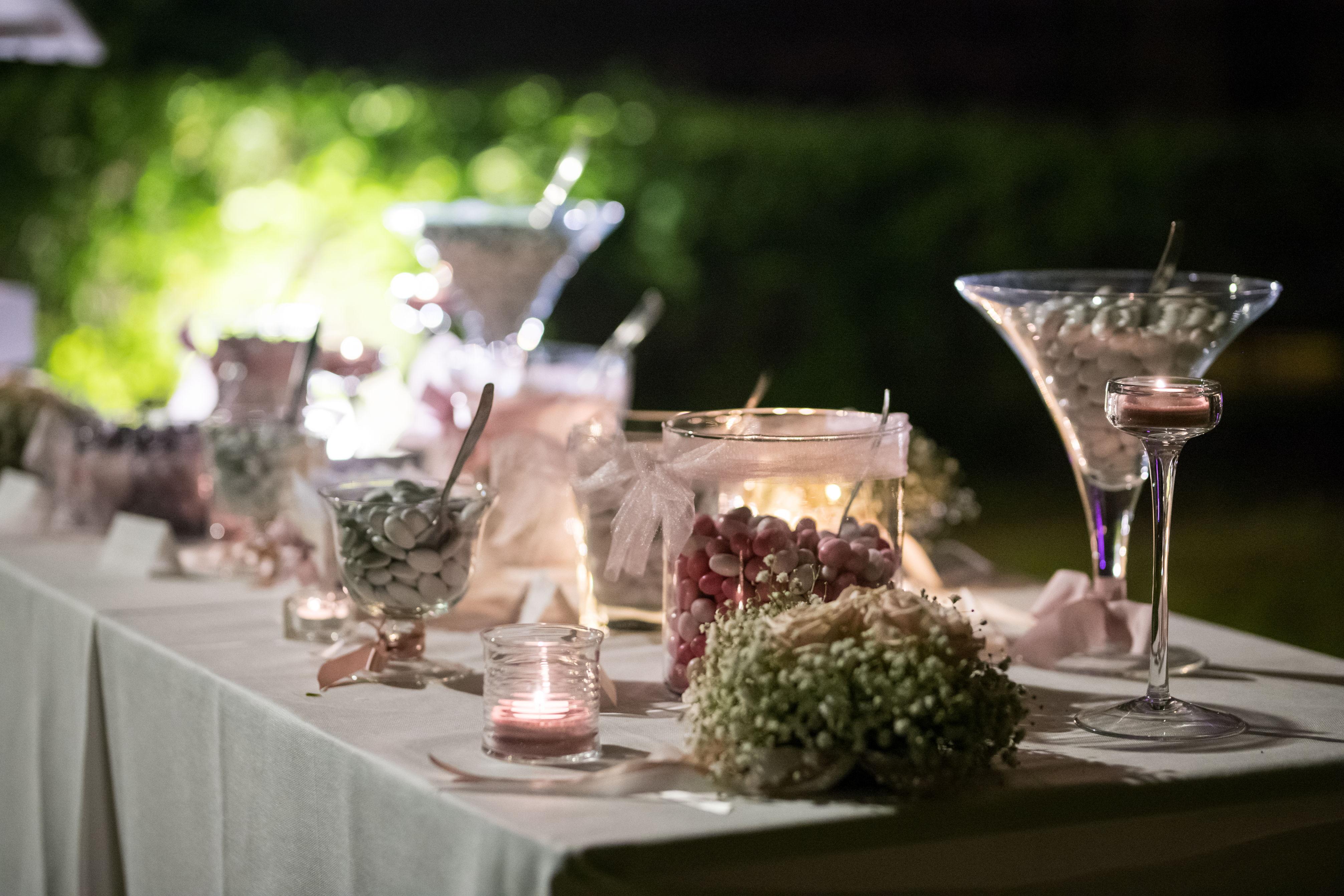 Confettata in rosa matrimonio in Mugello
