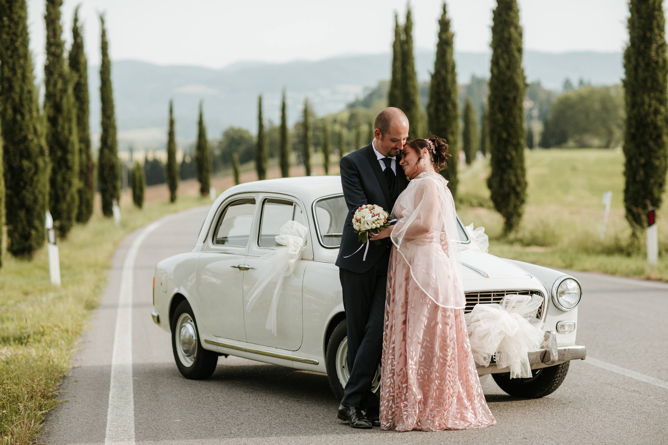 Auto sposi matrimonio Mugello